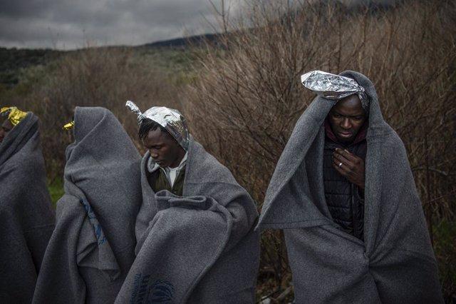 Europa.- Turquía lanza un pulso a la UE al abrir su frontera europea a más de 76