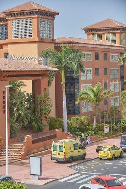 Hotel de Adeje en aislamiento por casos de coronavirus