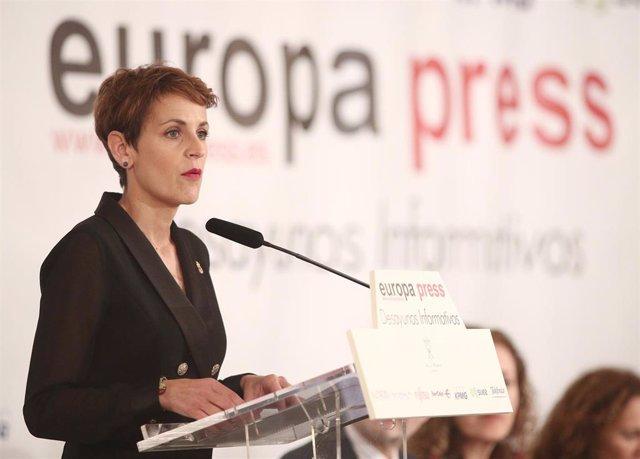 La presidenta del Gobierno de Navarra, María Chivite, interviene en el desayuno Informativo de Europa Press organizado en el Salón Gran Presidencial del Hotel Villa Magna, en Madrid (España) a 3 de marzo de 2020.