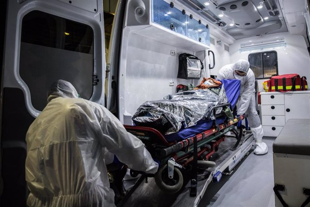 March 2, 2020 - Tehran, Iran: The transfer of coronaivrus patients by ambulance from one hospital to another.