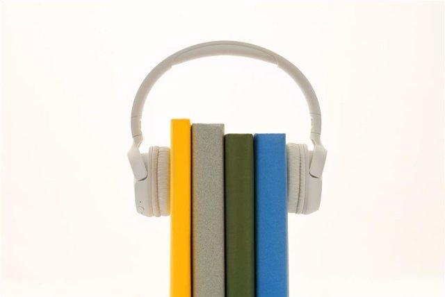 La importancia de cuidar la salud auditiva en el puesto de trabajo.