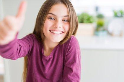 Cómo enseñar a utilizar la comunicación no verbal a los niños
