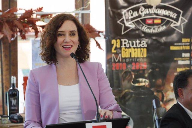 La presidenta de la Comunidad de Madrid, Isabel Díaz Ayuso, clausura en Boadilla del Monte la II Ruta del Garbanzo Madrileño con los alcaldes de los 14 municipios participantes