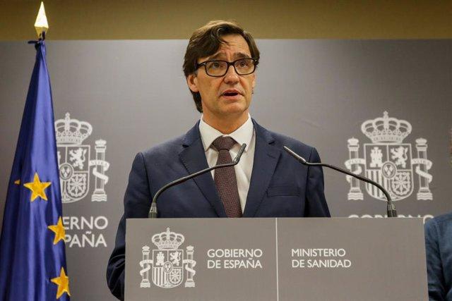 El ministre de Sanitat, Salvador Illa, en roda de premsa després de les seves reunions amb representants de societats científiques i la Comissió de Salut Pública, Madrid (Espanya), 30 de gener del 2020.