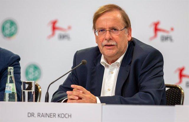 """Fútbol.- La Federación Alemana intensifica su lucha contra el """"extremismo de la"""