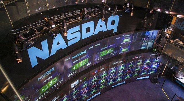 EEUU.- El rendimiento del bono estadounidense a 10 años cae por debajo del 1% po