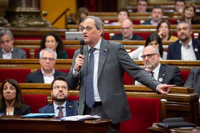 El president de la Generalitat, Quim Torra, en el ple del Parlament.