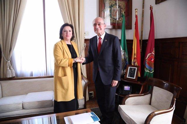 Encuentro entre la delegada del Gobierno de España en Andalucía, Sandra García, y el alcalde de Málaga, Francisco de la Torre