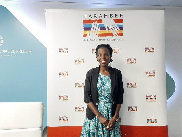 La doctora ugandesa Irene Kyamummi, Premio Harambee 2020