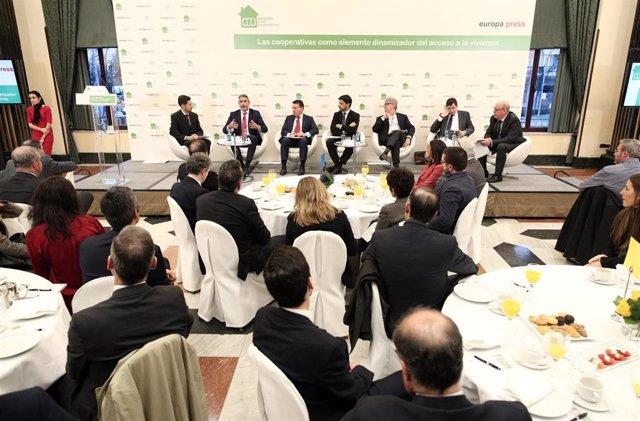 Celebración del desayuno informativo organizado por Europa Press y Lamadredelascooperativas (Lacoop) celebrado en el Hotel Intercontinental de Madrid