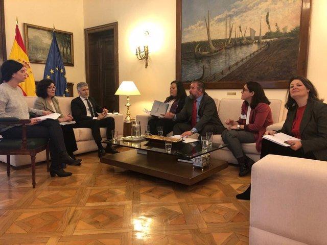 El ministro del Interior, Fernando Grande-Marlaska, confirma a la AVT que no habrá acercamientos en bloque de presos de ETA