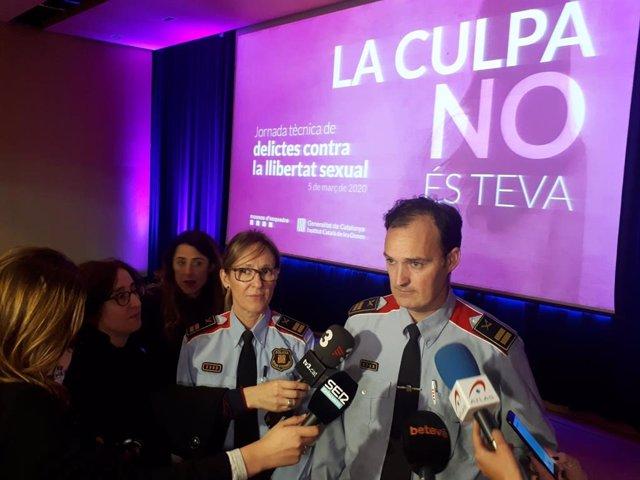 La comissària sotscap de la Comissaria d'Investigació Criminal dels Mossos d'Esquadra, Marta Fernández, i el comissari en cap, Eduard Sallent, en una jornada sobre delictes sexuals, 5 de març del 2020.