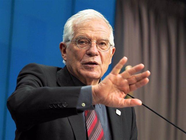 Siria.- Borrell apoya una zona de exclusión aérea en el norte de Siria pero reca