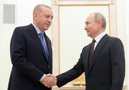 Siria.- Rusia y Turquía acuerdan un alto el fuego en Idlib a partir de esta medianoche