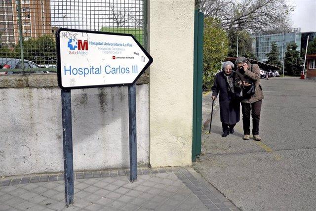 Imágenes del Hospital Carlos III de Madrid donde se encuentran ingresados pacientes por coronavirus