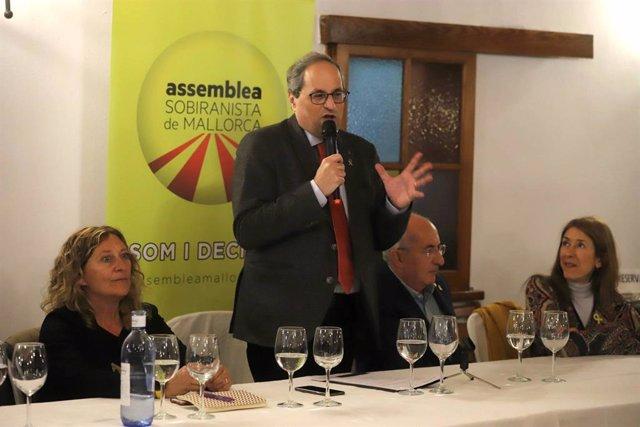El president de la Generalitat, Quim Torra, en un sopar col·loqui a Petra