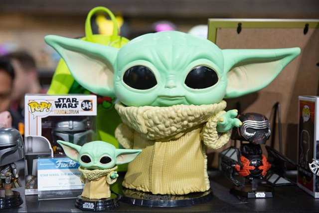 Figuras de Baby Yoda (The Child) , el personaje de The Mandalorian, la serie de Star Wars