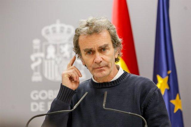 El director del Centre de Coordinació d'Alertes i Emergències Sanitàries, Fernando Simón, intervé en la roda de premsa per informar sobre la situació del coronavirus a Espanya, al Ministeri de Sanitat, a Madrid (Espanya) a 07 de març del 2020