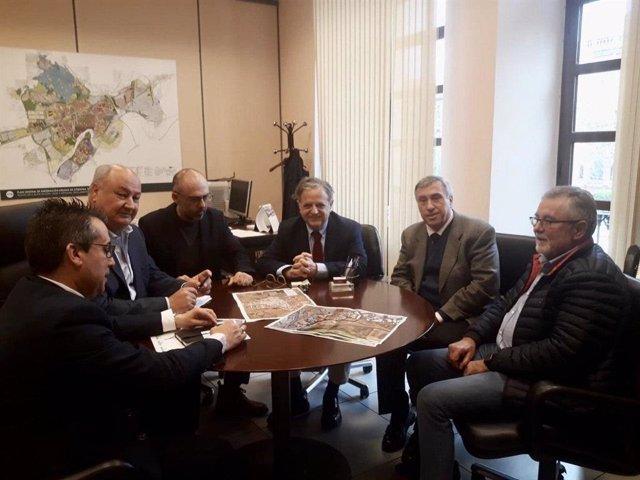Reunión de Salvador Fuentes y empresarios de Las Quemadas