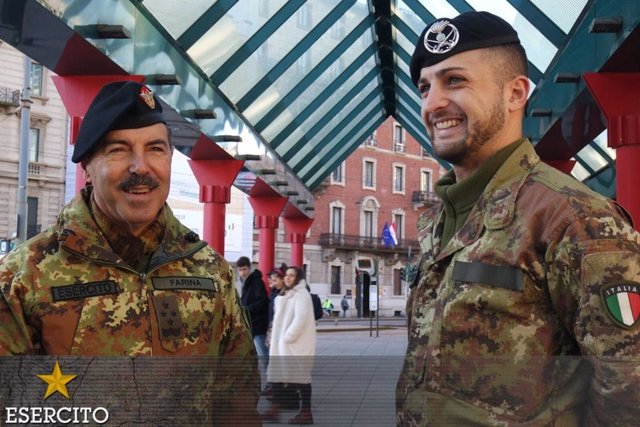 El jefe del Estado Mayor del Ejército de Tierra de Italia, Salvatore Farina