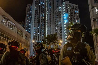 China.- Detenidas 17 personas e incautados explosivos en una operación policial en Hong Kong