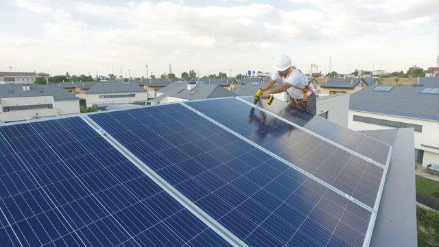 Redexis entra en el mercado solar de autoconsumo