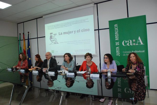 Imagen de la mesa redonda 'La mujer y el cine', organizada este lunes por el Consejo Audiovisual de Andalucía (CAA).