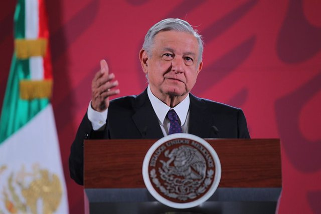 México.- López Obrador felicita a las mujeres que fueron al 8M y destaca el resp