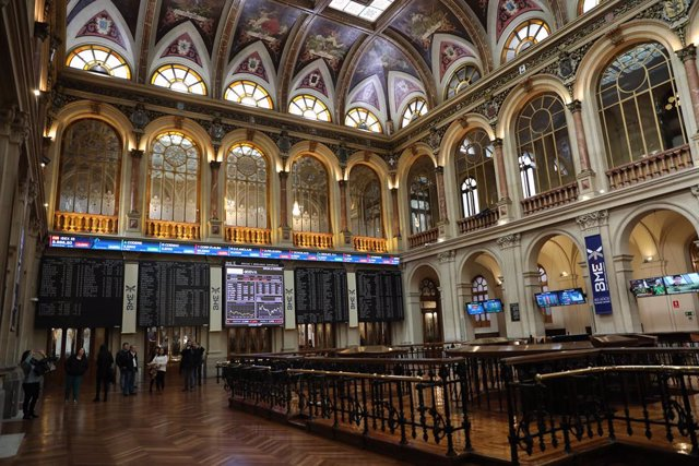 Interior de l'edifici de la Borsa de Madrid.