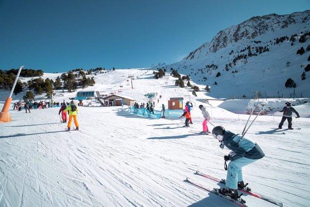 Grandvalira cierra una de sus mejores temporadas con más de 327.000 esquiadores