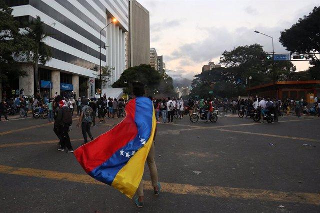 Venezuela.- Guaidó insta a los venezolanos a marchar este martes por Caracas pes