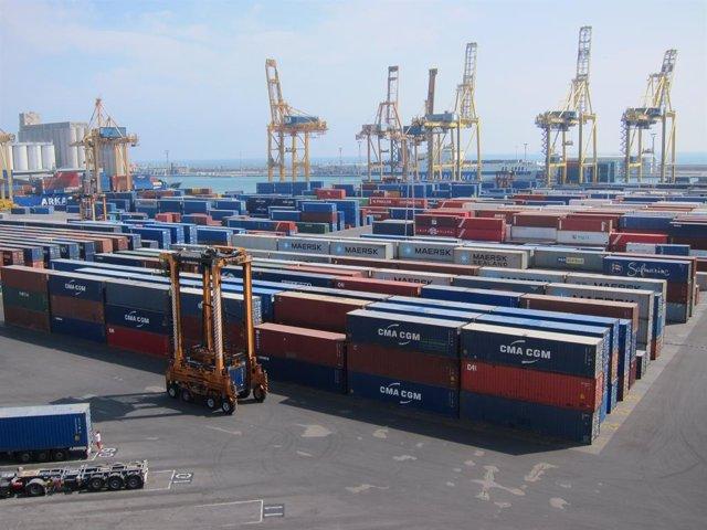 Terminal de contenidors de TCB al Port de Barcelona.