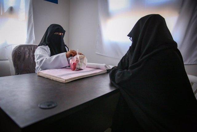 Yemen.- La OIM abre el primer centro médico en el mayor campo de desplazados de