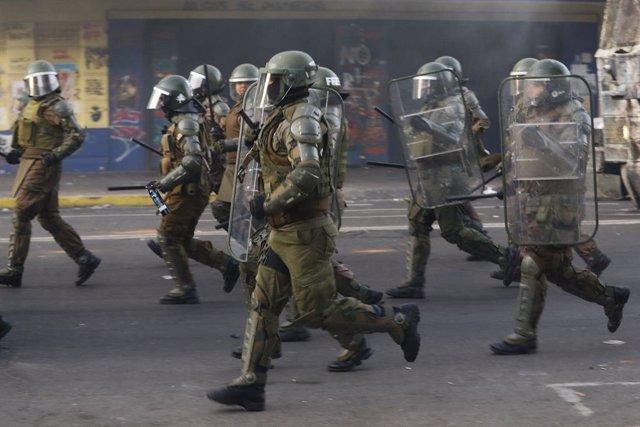 Chile.- Polémica en Chile por la agresión de Carabineros a un anciano durante un
