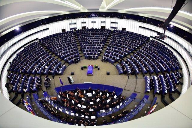 Coronavirus.- La Eurocámara traslada su sesión de abril a Bruselas y la reduce a