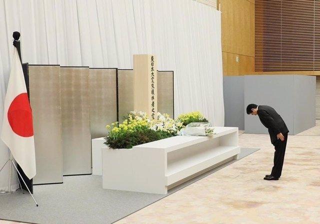Japón.- Japón rinde homenaje a las víctimas del terremoto y del accidente nuclea
