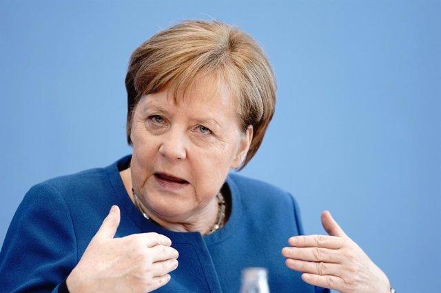Coronavirus.- Merkel apela a la solidaridad porque hasta el 70% de los alemanes