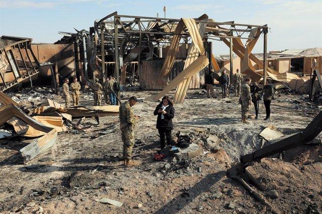 Irak.- Impactan diez proyectiles en una base militar de Irak en la que hay despl