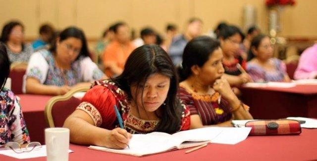 DDHH.- La ONU defiende la enseñanza de los niños de minorías lingüísticas en sus