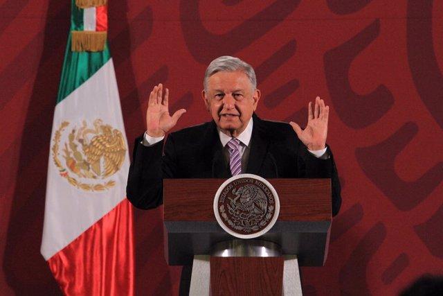 """Coronavirus.- López Obrador critica las """"lamentables"""" acusaciones contra él de o"""