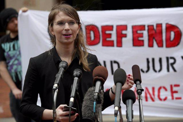 Wikileaks.- Chelsea Manning, hospitalizada tras intentar quitarse la vida en pri