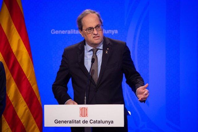 El presidente de la Generalitat, Quim Torra, interviene en la rueda de prensa convocada ante los medios para informar sobre el coronavirus, en Barcelona / Catalunya (España), a 12 de marzo de 2020.