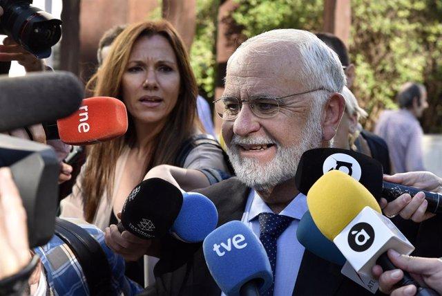 """Cotino se desvincula de la organización de la visita del Papa a Valencia: """"Sólo"""