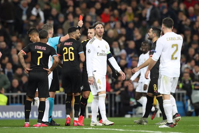 Fútbol/Champions.- La UEFA aplaza el City-Madrid y el Juventus-Lyon por el coron