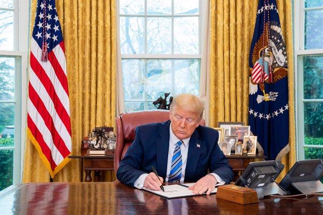 AMP.- Coronavirus.- Trump suspende la entrada a EEUU a los extranjeros que hayan