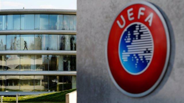 Fútbol.- UEFA aplaza los partidos de Champions y Liga Europa de la próxima seman