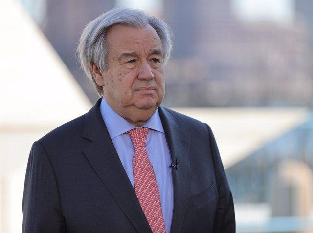 """Afganistán.- Guterres felicita a Ghani por su segundo mandato y le traslada """"el"""