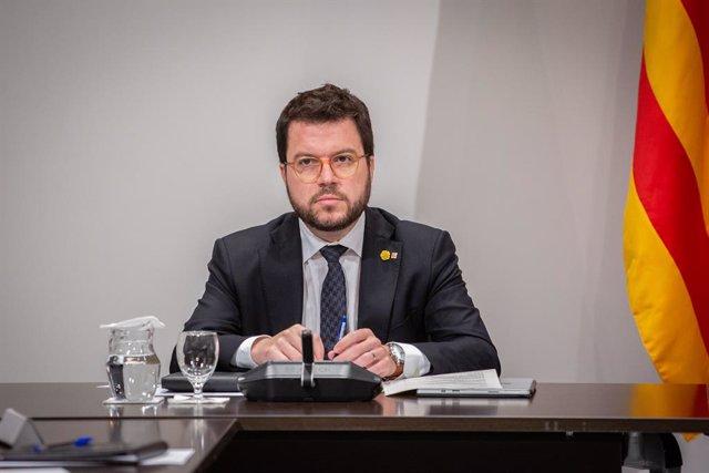 El vicepresident de la Generalitat, Pere Aragonès, durant una reunió extraordinària del Consell Executiu per analitzar l'evolució del coronavirus, Barcelona/Catalunya (Espanya) 12 de març del 2020.