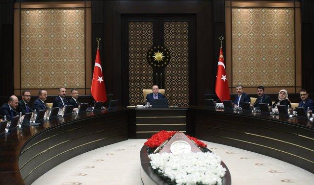 Coronavirus.- Turquía ordena el cierre de los centros educativos e impartirá las