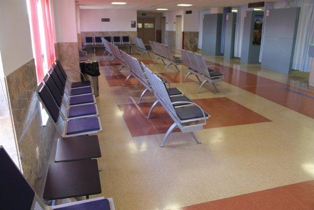 Hospital, passadís, sala d'espera (arxiu).